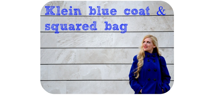 Klein blue coat destacada