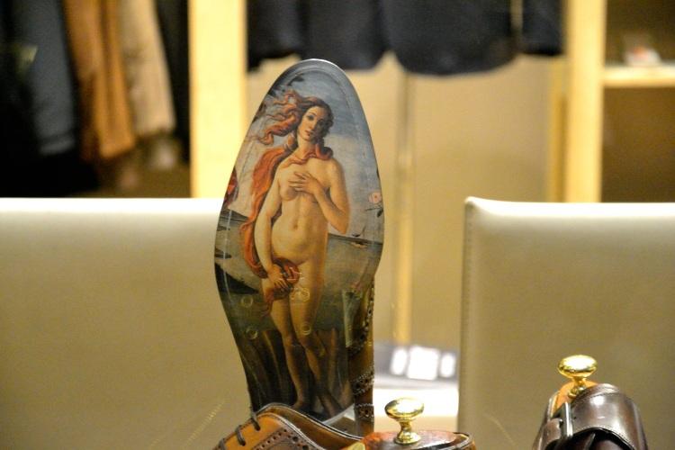 Botticelli shoes detail