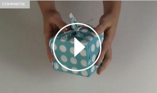 Ver vídeo trucos para envolver regalos