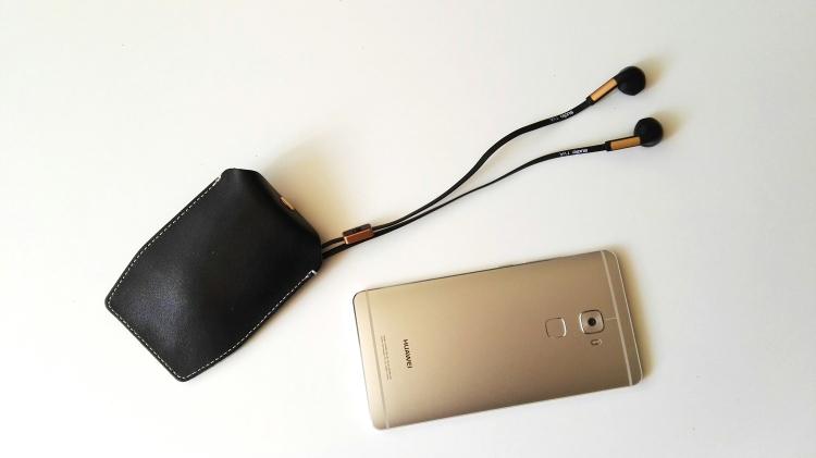 Huawei Mate S y auriculares Sudio TVA 04