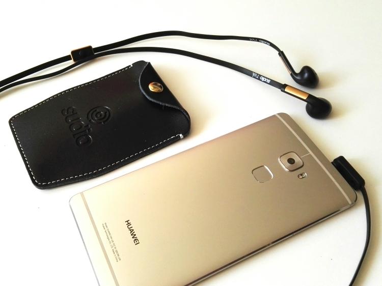 Huawei Mate S y auriculares Sudio TVA 02