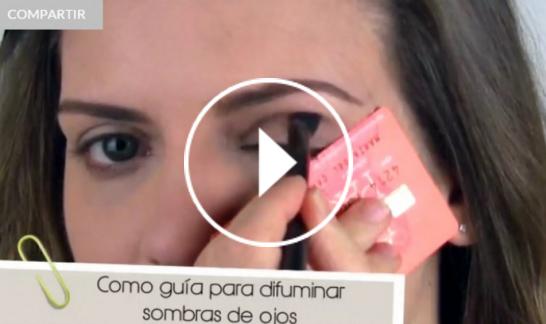 Ver vídeo trucos de maquillaje con tarjeta en Cosmo