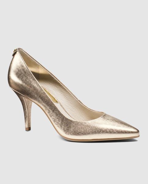 Zapatos dorados de Michael Kors
