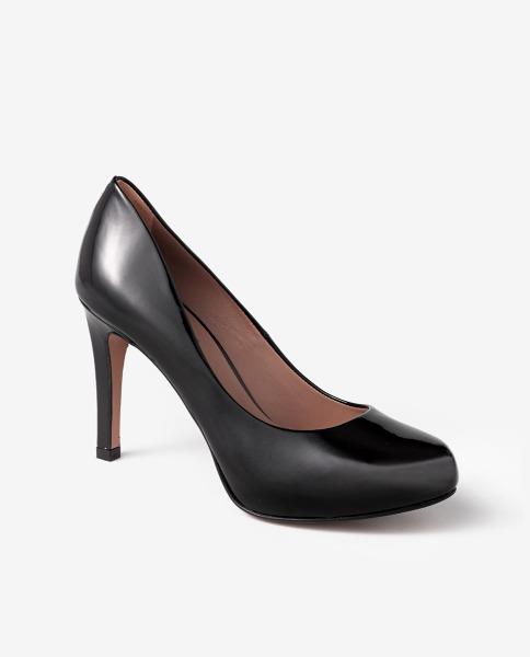 Zapatos negros de tacón con plataforma oculta de Gloria Ortiz