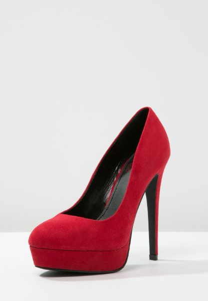 Zapatos rojos con plataforma de Even and Odd