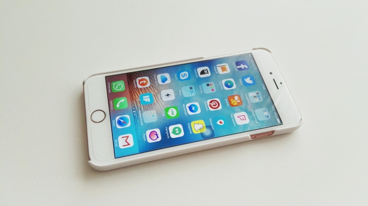 Funda de madera Native Union para iPhone 6s Plus 10