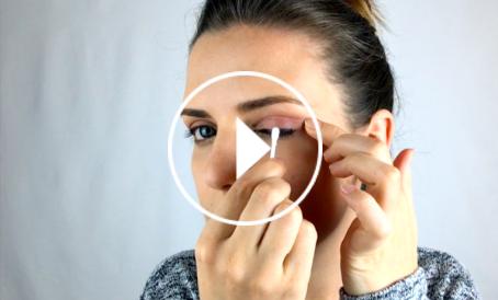 Ver el vídeo Trucos de maquillaje con bastoncillos de algodón