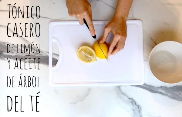 Tónico casero de limón y aceite de árbol del té para pieles grasas