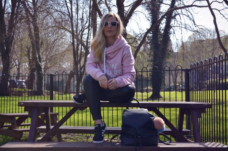 Look sudadera Siroko leggings Calzedonia 01