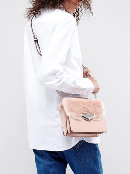 Bolso de peluche rosa de Aldo en ASOS