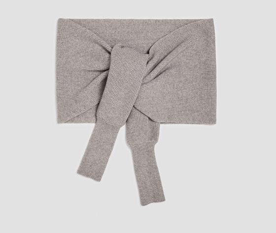 La bufanda manga de Zara 2017 1