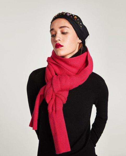 La bufanda manga de Zara 2017 5