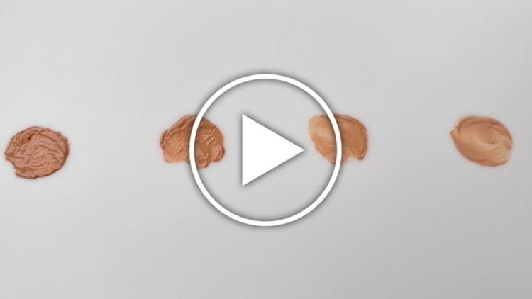 Ver en Cosmo trucos para aclarar y oscurecer bases de maquillaje