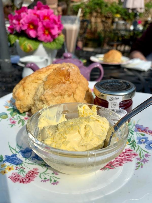 Cream tea en Cockington