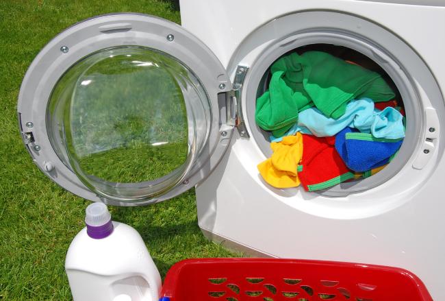 Lavamos demasiado nuestra ropa (1)